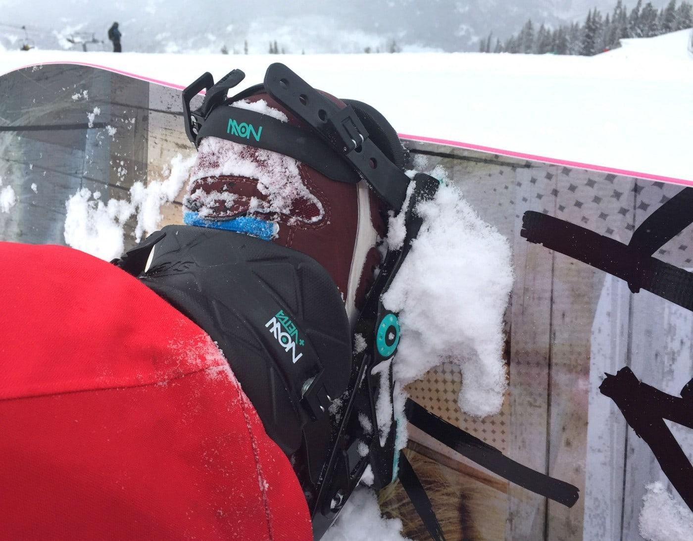 Best Women's Ski & Snowboard Gear 2017 Now Vetta Bindings