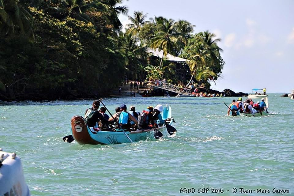 Paddling Pirogues in French Guiana - course
