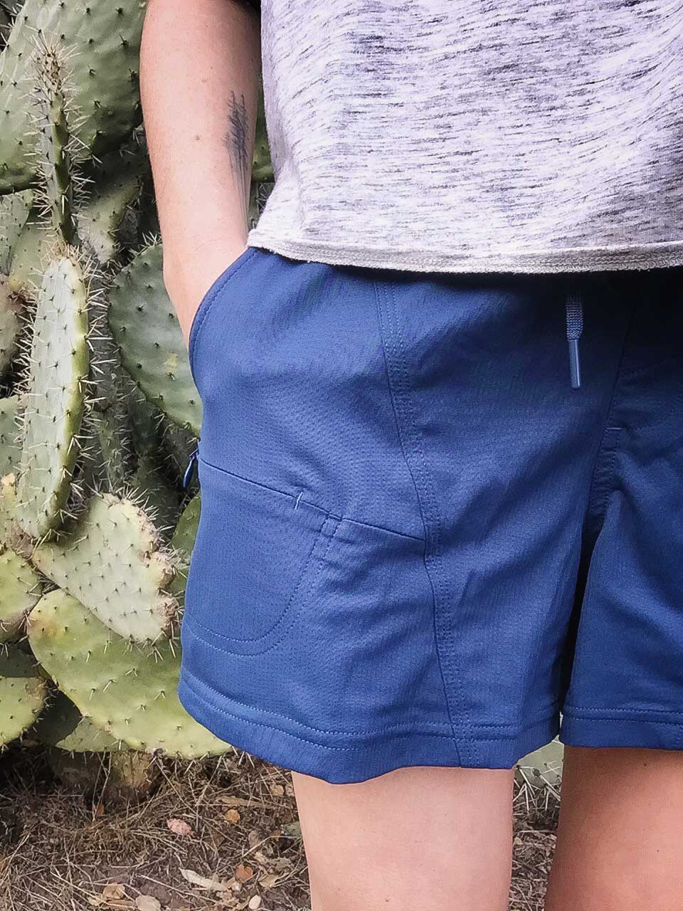 The-North-Face-Women's-Aphrodite-2.0-Shorts